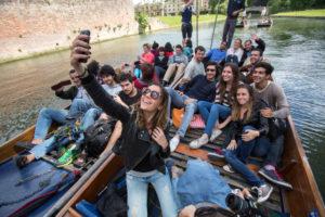 Punten met andere studenten in Cambridge