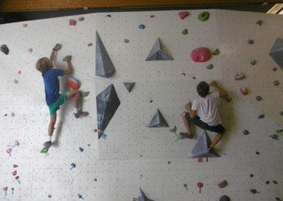 Indoor klimmen activiteit